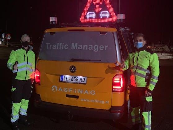 Die beiden Traffic Manager Kerstin Gföllner und Paul Hinterdorfer von der Asfinag bewiesen viel Mut und stoppten den Geisterfahrer.