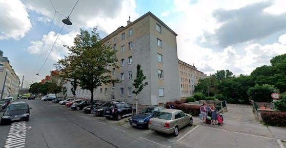 Blick auf Wohnbauten in der Dommesgasse in Wien-Simmering