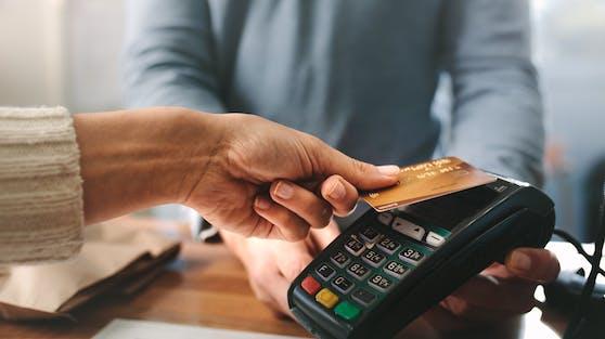 In vielen Geschäften funktionierte die Zahlung mit Kredit- oder Bankomatkarte nicht.