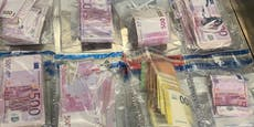 Mann wollte 100.000 Euro in seiner Unterhose schmuggeln