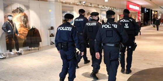 Polizei führt bereits jetzt verstärkt Corona-Kontrollen durch.