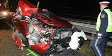 18-Jähriger bei Unfall auf A12 in Renault eingeklemmt