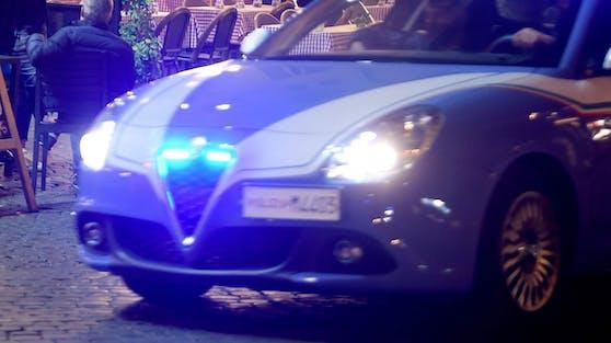 Ein italienisches Polizeiauto im Einsatz. Symbolfoto