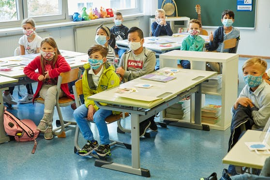 Ein volles Klassenzimmer: Ein Bild, das es in Österreichs Schulen erst wieder im Februar geben dürfte.