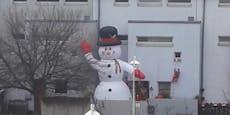 Deko der Superlative - Wiens größter Schneemann?