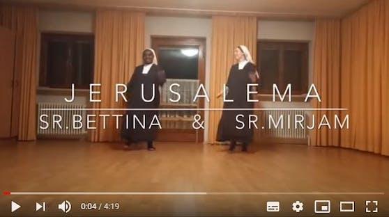 """Zwei Linzer Ordensschwestern erobern mit ihrem Video zur """"Jerusalema Challenge"""" Youtube."""