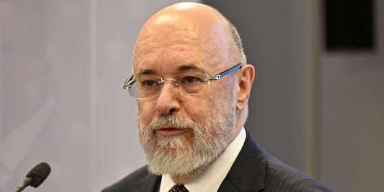 Ob das auch der Plan war? Clemens Martin Auer, Sonderbeauftragter des Gesundheitsministeriums, gerät unter Druck.