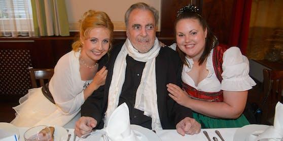 Maximilian Schell mit seiner letzten Ehefrau Iva (links) und Tochter Nastassja
