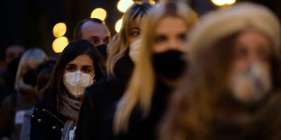 Im eigenen Haushalt infizieren sich die Spanier mit dem Coronavirus offenbar nicht.