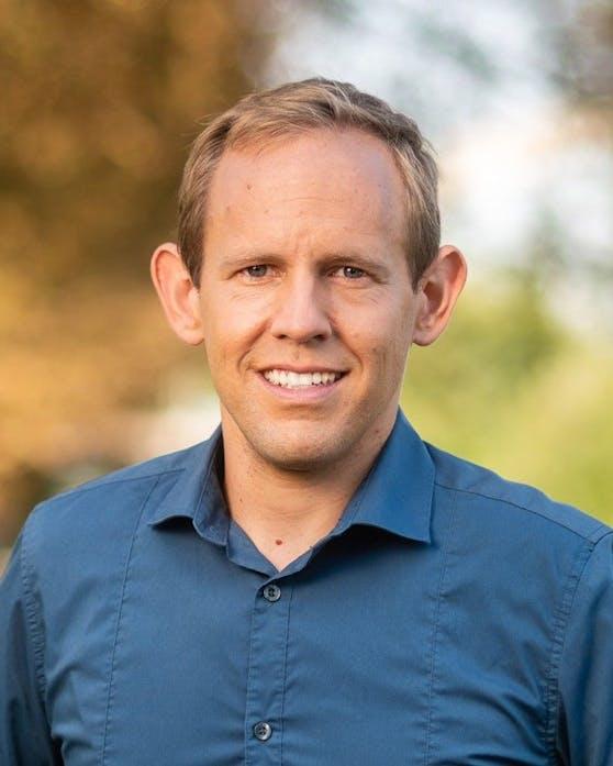Landtagsabgeordneter Georg Ecker, Bildungs- und Wirtschaftssprecher der Grünen NÖ