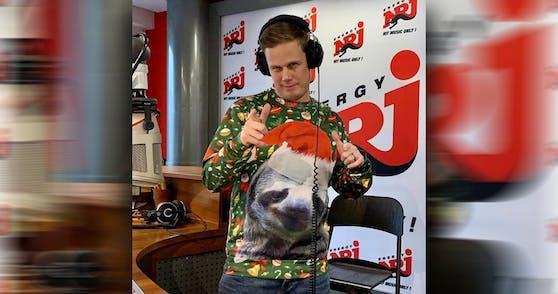 Matthias Hobiger bereitete sich im Vorfeld auf die Show vor und zog sich den passenden Pulli an.
