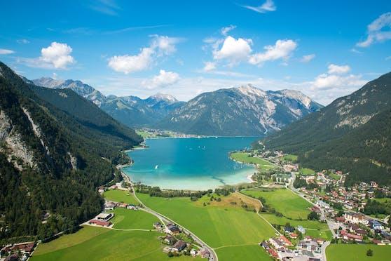 Die Österreicherinnen und Österreicher sind laut diesem Ranking im Corona-Jahr 2020 tatsächlich eher im Land geblieben.