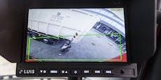 Kind auf Schulweg von LKW erfasst und schwer verletzt