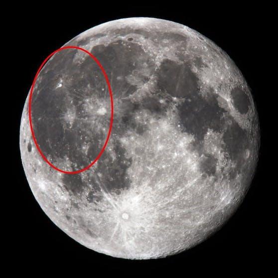 Hier liegt das Oceanus Procellarum auf der erdzugewandten Seite des Mondes