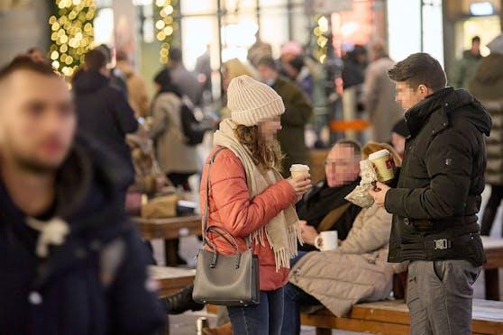 Hochbetrieb am Wiener Graben am letzten Einkaufssamstag vor dem dritten Lockdwon