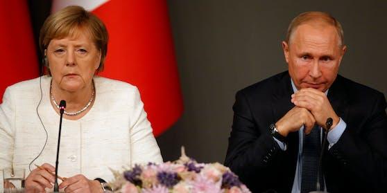 Russland verhängt Sanktionen gegen Deutschland (im Bild: Kanzlerin Angela Merkel und Vladimir Putin)