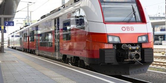 Der Corona-Infizierte reise mit dem Zug.