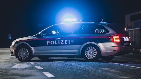 Die Polizei musste eine Party mit zwölf Skilehrern in Bad Gastein auflösen. (Symbolbild)