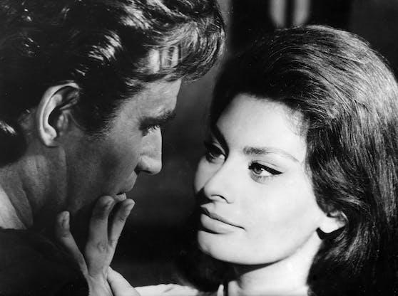 Sophia Loren wurde nicht nur optisch einiges an Sexappeal in die Wiege gelegt, auch ihre Muttersprache trägt hierzu bei.