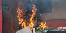 30-Jähriger trug brennenden Christbaum ins Freie