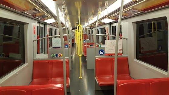 Leere U-Bahnen an den Weihnachtsfeiertagen in Wien.