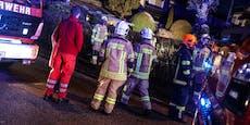Frau will Feuerwehr alarmieren, erfriert in Eiseskälte
