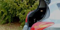 Unfall-Lenkerin versteckt sich im eigenen Kofferraum
