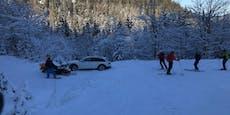 Audi A4 fährt Navi nach, bleibt auf Skipiste stecken