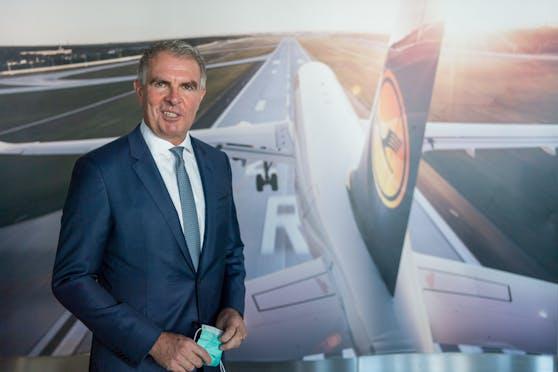 Eine Impfpflicht schließt Lufthansa-Chef Carsten Spohr aus.