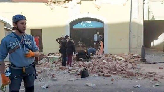 Häuser und Wohnungen vieler Gebiete liegen in Trümmern.