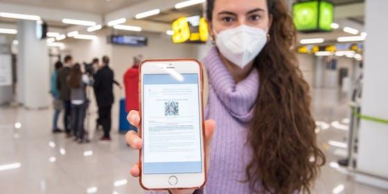 Ein QR-Code, der Reisenden auf Mallorca ein negatives Testergebnis bescheinigt.