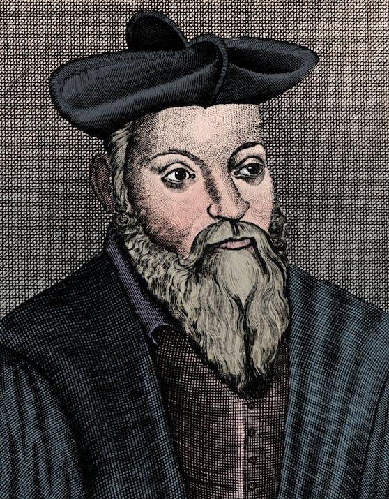 Der Franzose Michel de Nostredame, Nostradamus genannt, ist für seine prophetischen Gedichte bekannt. Laut einem Brief an seinen Sohn sollen die Prophezeiungen bis ins Jahr 3797 reichen. Bis auf wenige Ausnahmen ist in den Versen aber nie ein Datum genannt, an dem die Ereignisse stattfinden sollen. In seinen gesammelten Werken gibt es keinen einzigen Text, der sich auf das Jahr 2020 bezieht.