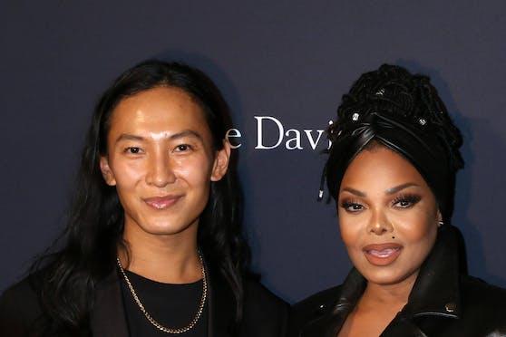 Der Star der Modebranche, der gerne mit Celebrities abhängt. So präsentiert sich Alexander Wang. Jetzt gibt es gegen den Modedesigner Missbrauchsvorwürfe.