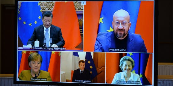 Zuvor hatten die EU-Spitze mit von der Leyen und Ratspräsident Charles Michel sowie Kanzlerin Angela Merkel für die deutsche EU-Ratspräsidentschaft und Frankreichs Präsident Emmanuel Macron über Video mit Chinas Staats- und Parteichef Xi Jinping gesprochen.