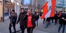 """Frau will """"Demonstranten mit heißem Öl übergießen"""""""