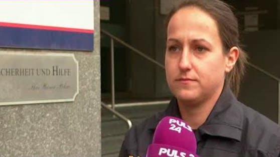 Die Wiener Polizeisprecherin Barbara Gass erklärt im Interview mit PULS 24-Chefreporterin Magdalena Punz die Regeln für Silvester.