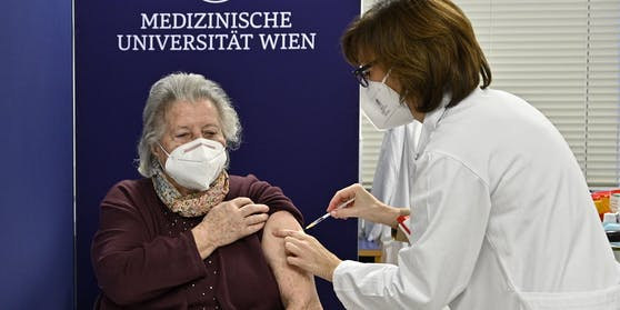 Die Corona-Impfungen in Österreich laufen an. (Symbolbild)
