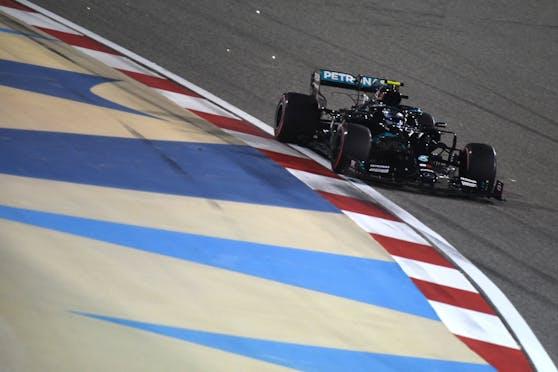 Valtteri Bottas steht in Bahrain auf Pole.