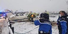 Flieger verfehlt Landebahn wegen Schnee