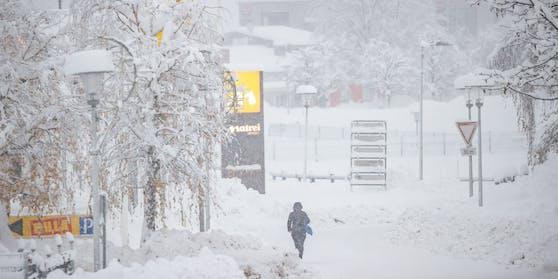 In Tirol kämpft man zur Stunde noch immer mit den Schneemassen. (Bild vom 5. Dezember 2020)