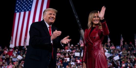 Trump ist mit der First Lady Melania nach Georgia gereist.