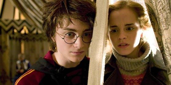 """Daniel Radcliffe mit Emma Watson in """"Harry Potter und der Feuerkelch"""""""