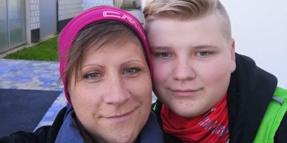 Mama Tanja mit Sohn Maximilian