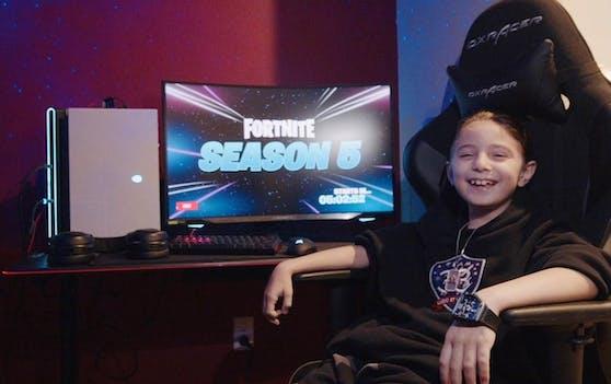 """Joseph """"33Gosu"""" Deen ist der jüngste Spieler, der sich bisher als """"Fortnite""""-Spieler verpflichtet hat."""