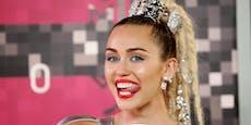 """Darum findet Miley Cyrus Frauen """"viel heißer"""""""