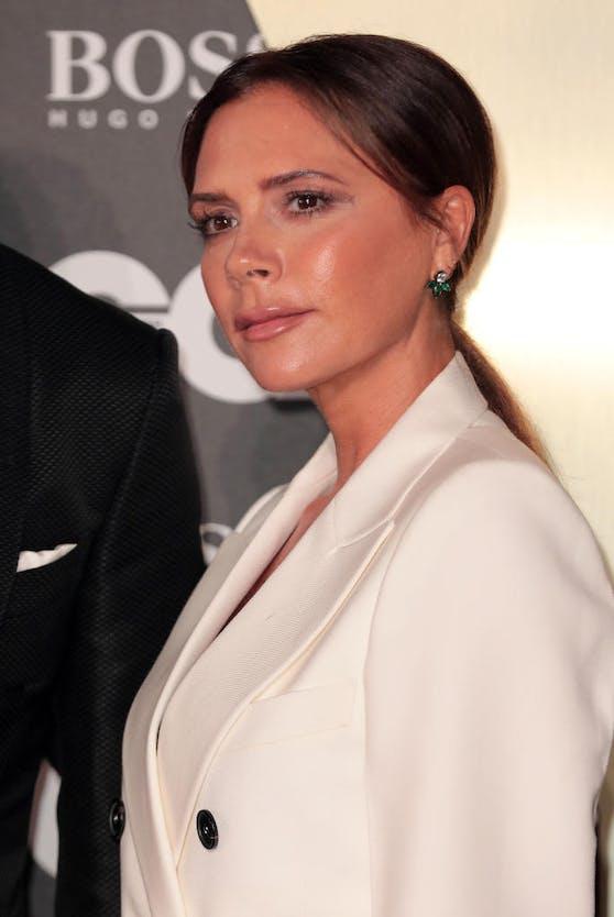 Victoria Beckham lässt sich für ihre Hautpflege von Skin-Expertin und Chanel-Botschafterin Melanie Grant beraten.