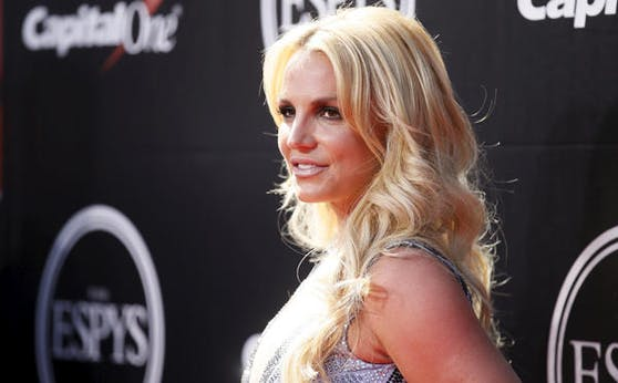 Ein Instagram-Posting, das Britney Spears oben ohne zeigt, verwirrt ihre Fans.
