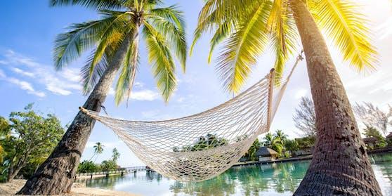 Trotz steigender Corona-Fallzahlen will Indonesiens Urlauberinsel Bali mithilfe von 4400 Influencern wieder Touristen anlocken.