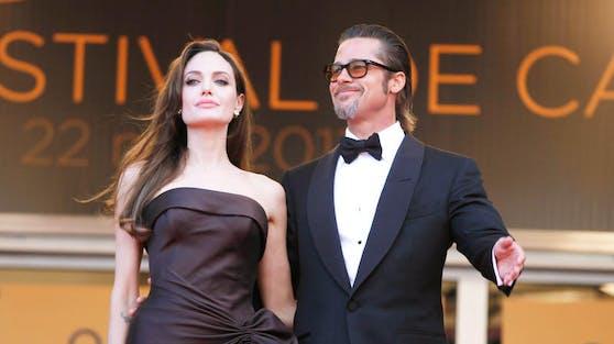 Das ehemalige Hollywood-Traumpaar Angelina Jolie und Brad Pitt hat zu Weihnachten zwischenzeitlich das Kriegsbeil begraben.