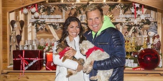 Auch Pop-Titan Dieter Bohlen war mit seiner Carina zu Gast am Weihnachtsmarkt auf Gut Aiderbichl.